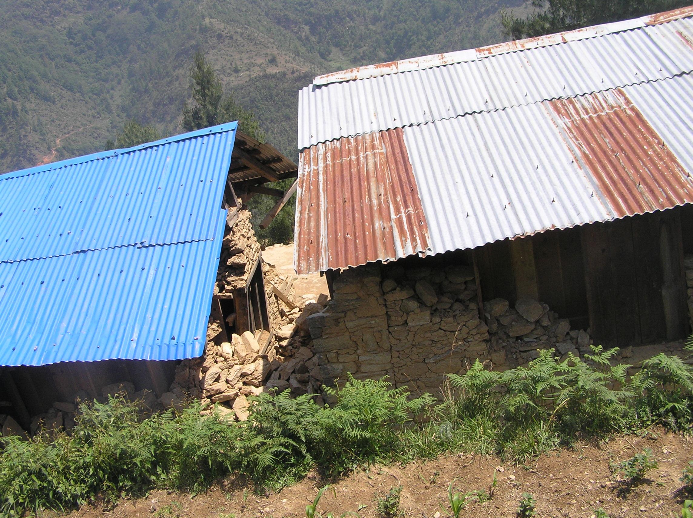 Damaged-side-brom-behind-of-Jana-Jyoti-School-Duble