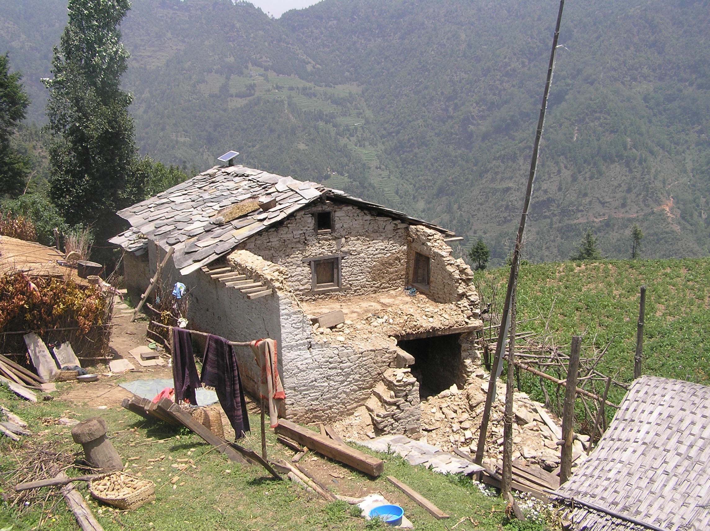 Dhan-Bahadur-Tamangs-damaged-house